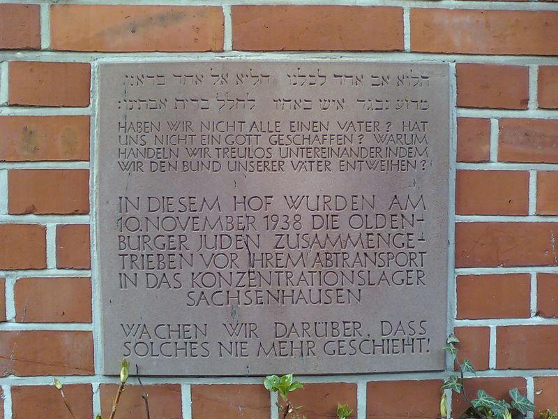 Mahntafel des Alten Polizeiamts Oldenburg